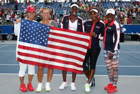 USFedCupTeam_Flag_42113_457x305