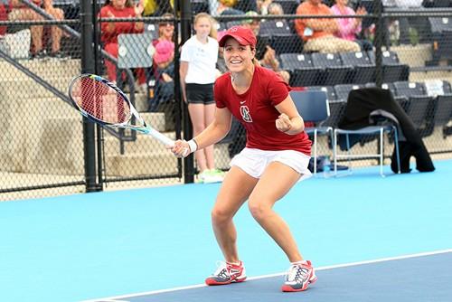 2013-NCAA-Singles-Title-Gibbs-action-(3)