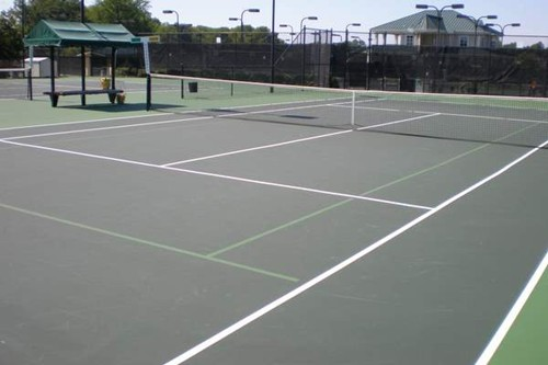 60' blended lines on a 78' tennis court using a light green on dark green color scheme. It is recomm