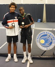 Michael Mmoh (left) and Francis Tiafoe following the boys' final at the AEGON Junior International. © LTA