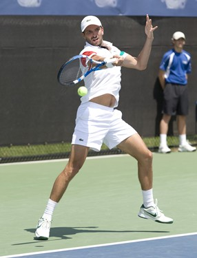 FM_BENNETEAU_D4_WSO2011_001