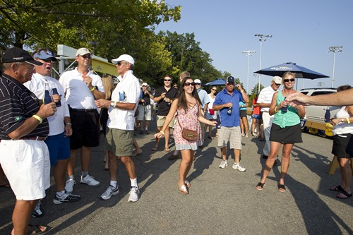 SM_CORONA_TENNIS_TAILGATE_D5_WSO2011_007